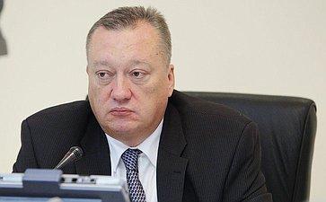 Группа парламентариев внесла законопроект обуголовном наказании заоскорбление гимна России