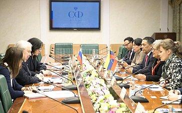 Встреча Сергея Кисляка сПредседателем Национального избирательного совета Боливарианской Республики Венесуэла Тибисай Лусеной
