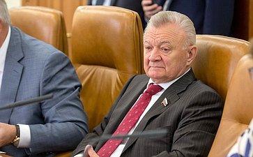 О. Ковалев