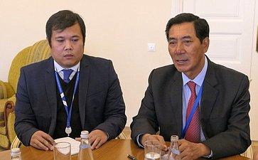 Встреча Н. Федорова сделегацией Лаоса