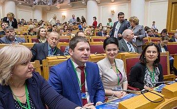 Пленарное заседание VII Невского международного экологического форума. Потомацкий