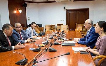 Встреча Фарита Мухаметшина сГенеральным секретарем Всемирного совета мусульманских сообществ М. Аль Бишари