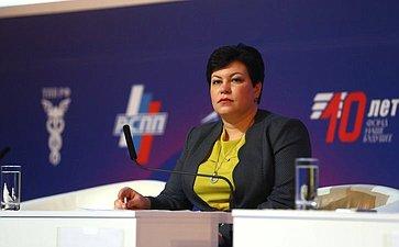 Л. Кононова