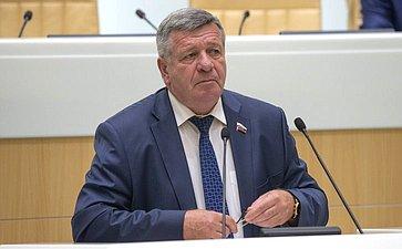 Валерий Семенов