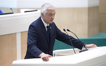 Глава парламента Северной Осетии А. Мачнев