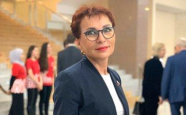Татьяна Кусайко выступила сдокладом наобщественном обсуждении модернизации первичного звена здравоохранения