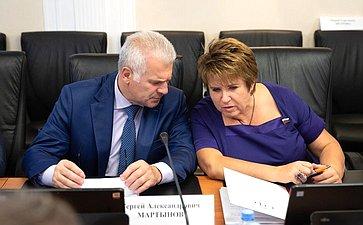 Сергей Мартынов иЛюбовь Глебова
