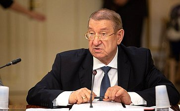 В. Нечаев