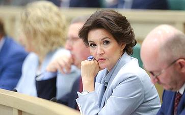 М. Павлова: Россия неподдержит курс наразрушение семейных ценностей, заданный ЕСПЧ