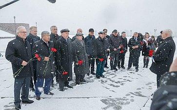 НаПоклонной горе прошла акция «Эстафеты памяти», посвященной 70-летию Великой Победы