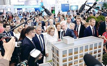 Открытие выставки инновационных социальных проектов