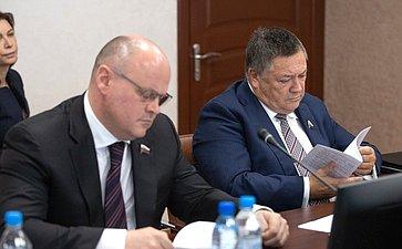 Алексей Дмитриенко иСергей Калашников