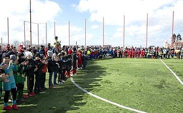 Семилетию «Русской весны» вгороде Севастополе был посвящен юношеский турнир пофутболу