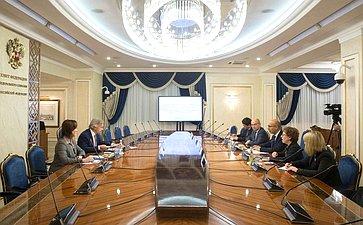 Встреча А. Пушкова сПредставителем ОБСЕ повопросам свободы СМИ А.Дезиром