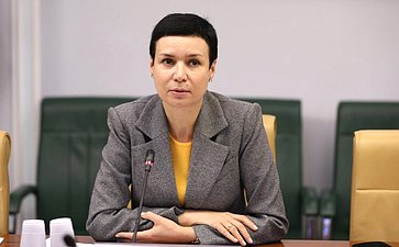 И. Рукавишникова: Необходимо как можно скорее завершить работу попринятию закона осудебно-экспертной деятельности
