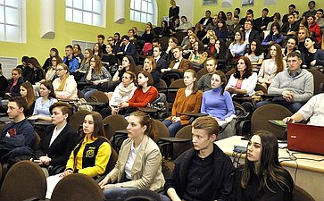 Семинар, посвященный итогам общественного наблюдения напрошедших президентских выборах вРоссии
