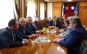 Врамках выездного заседания члены Комитета СФ пообороне ибезопасности провели встречу сруководством Республики Саха (Якутия)