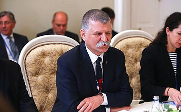 Встреча Председателя СФ сПредседателем Госсобрания Венгрии Ласло Кевером