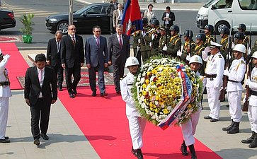 Визит делегации Совета Федерации вКамбоджу