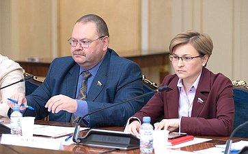 Олег Мельниченко иЛюдмила Бокова