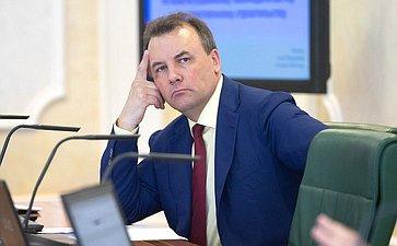Артур Муравьев