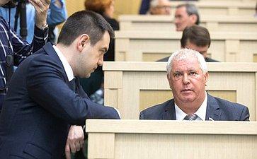 М. Хапсироков иО. Селезнев