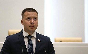 Александр Пронюшкин