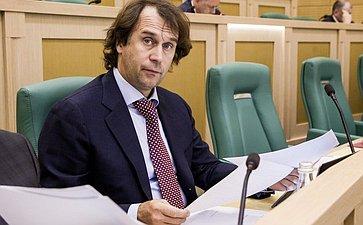 Сергей Лисовский на 358 заседании Совета Федерации