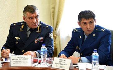 М. Даххаев иС. Паволин