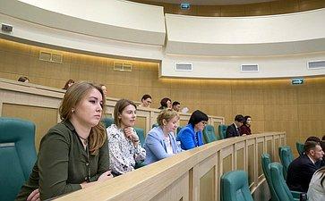 Встреча сактивистами экологического образования, посвященная итогам проведения Года добровольца (волонтера)