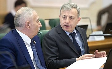 А. Даллакян иМ. Ульбашев