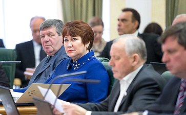 Л. Перминова