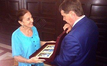 Встреча С. Цекова спредседателем Комитета помеждународным делам Национальной ассамблеи народной власти Кубы