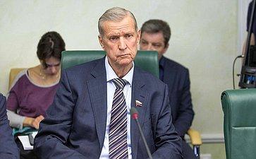 Г. Горбунов назаседании Комитета Совета Федерации поаграрно-продовольственной политике иприродопользованию