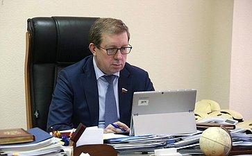 А. Майоров: Ситуация сэкономической доступностью продуктов питания встране требует регулярного мониторинга