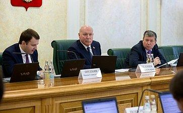 М. Орешкин, Д. Мезенцев иЕ. Бушмин