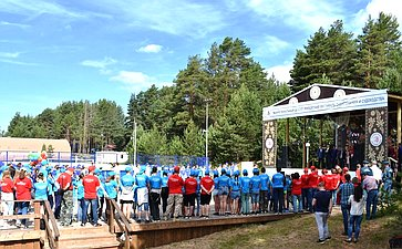 Юрий Воробьев принял участие воткрытии пятого Межрегионального детско-юношеского фестиваля судостроения исудоходства вВытегре