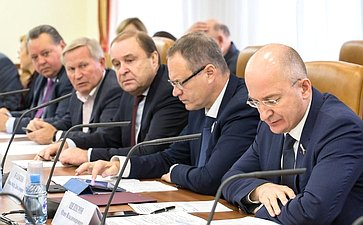 М. Афанасов, В. Богданов, А. Башкин иО. Цепкин