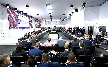 Олег Мельниченко принял участие воВсероссийском совещании «Нацпроекты: приоритеты государства ивозможности развития»