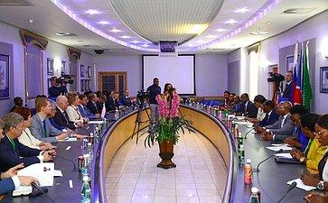 Встреча Председателя СФ В.Матвиенко сПремьер-министром Намибии С.Куугонгельвой-Амадилой