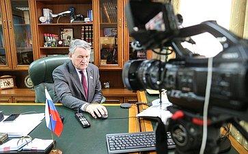 Заместитель Председателя СФ Юрий Воробьев провел заседание Дискуссионного клуба Молодежного парламента Вологодской области
