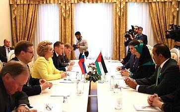 Встреча Председателя СФ В. Матвиенко сПредседателем Федерального национального совета ОАЭ Амаль Аль-Кубейси