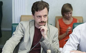 25-07-2014 Cовещание Комитета общественной поддержки жителей Юго-Востока Украины по вопросу оказания помощи беженцам 6
