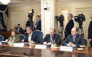 Встреча К. Косачева снаблюдателями отМПС