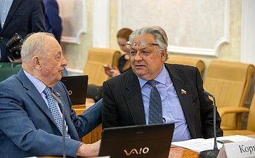 Эдуард Россель иАлександр Коряков