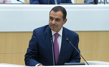 Председатель Палаты сенаторов Генерального конгресса Мексики Э. Арройо