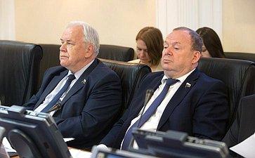 С. Попов иВ. Лаптев