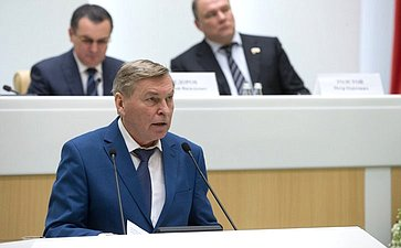 В. Филиппов