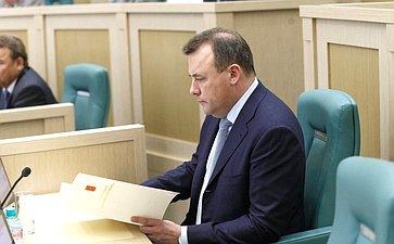 Полномочный представитель Президента России вСовете Федерации А.Муравьев