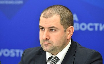 Пресс-конференция вформате видеомоста Москва– Самара натему «Здоровье молодого поколения– благополучие нации»